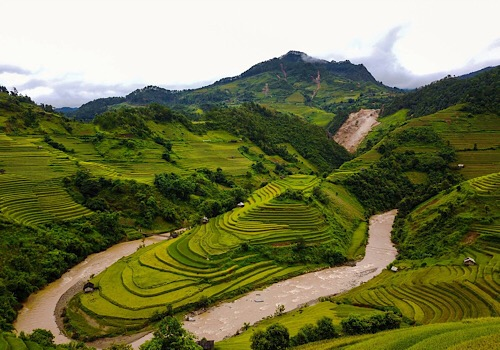 11 Days 4x4 Tours in North Vietnam, 4X4 Self Drive Tour Vietnam (5)