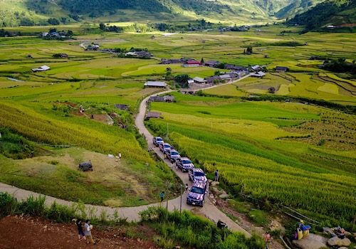 8 days 4WD trip in North Vietnam (4)
